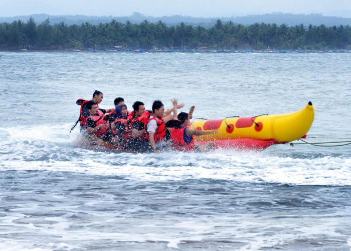 Tips Berwisata Keluarga Bersama Anak Remaja
