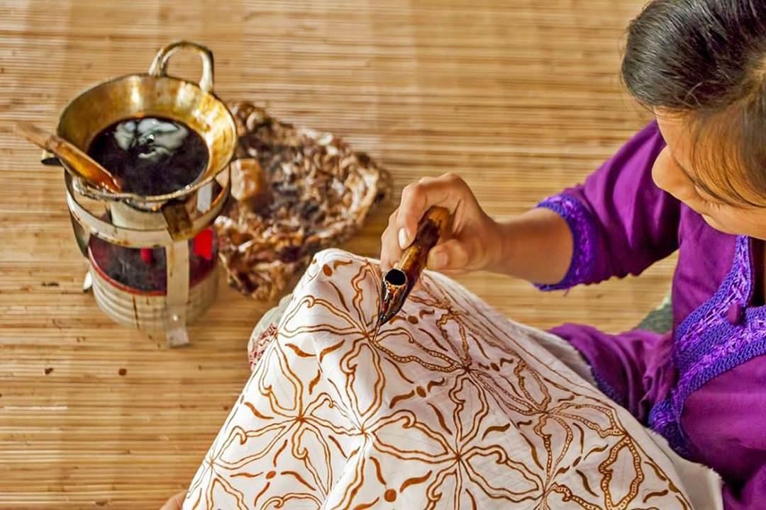 Tohpati Central Batik Paket Tour Bali